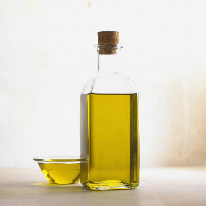 Le bain de bouche à l'huile